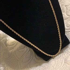 Gold tone thick chain necklace